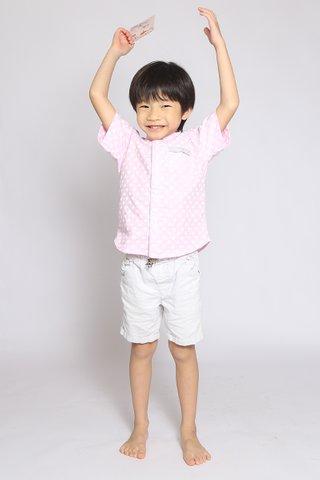 Xing Shirt in Pink Hearts (Boys)